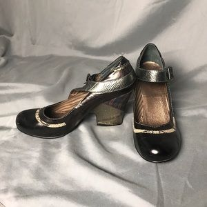 Shoes - Gorgeous adult Maryjanes!